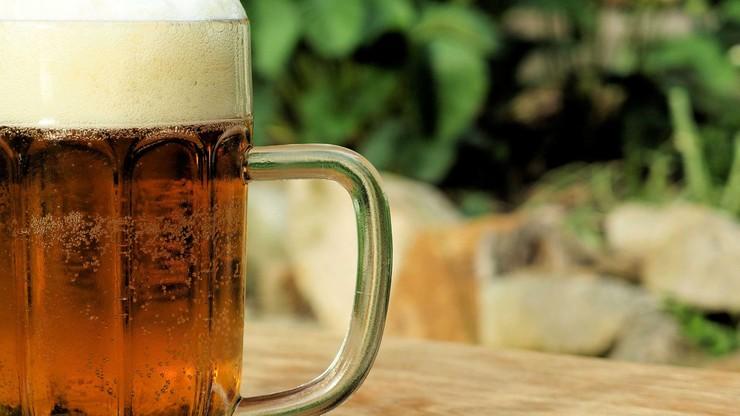 Obowiązki: picie piwa i podróże po USA. Muzeum szuka pracownika