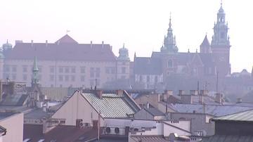 Kierowcy z Krakowa pojadą komunikacją miejską za darmo. Jest jeden warunek: powietrze musi być bardzo zanieczyszczone