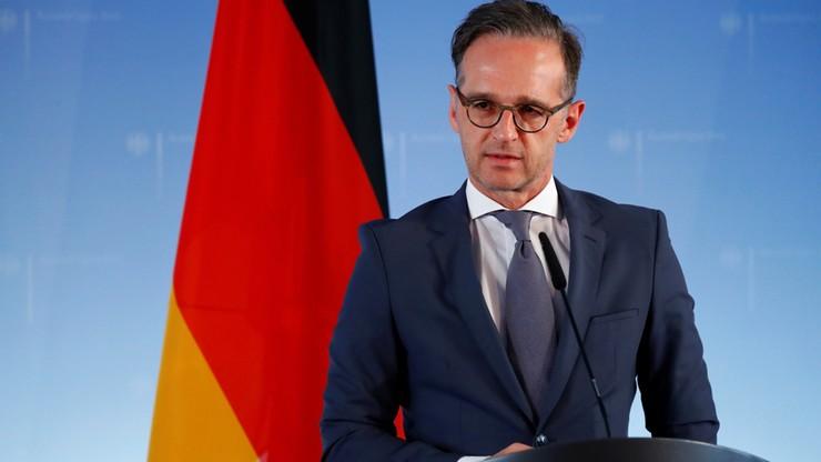 """Niemcy zdejmą ostrzeżenia przed podróżami. """"To nie jest zaproszenie"""""""