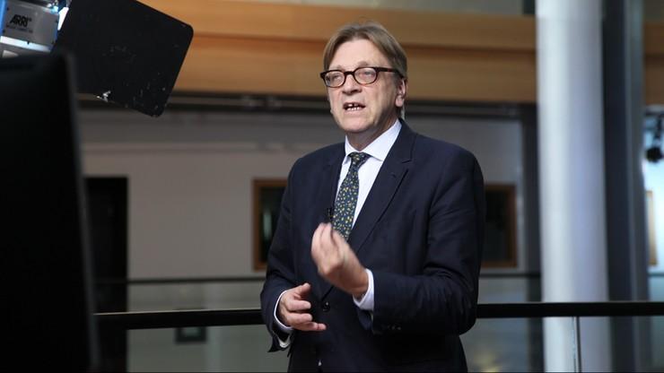 Verhofstadt: prezydent Duda i premier Szydło prowadzą Polskę na rujnującą ścieżkę