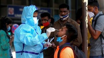 """Koronawirus w Indiach, brakuje tlenu i miejsc w szpitalach. """"Staramy się pomóc"""""""
