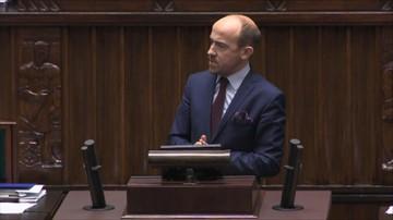"""""""Zmowa polityczna"""", """"Przejęcie wymiaru sprawiedliwości"""". PO i Nowoczesna wnioskowały o przerwanie prac nad prezydenckimi projektami ustaw o SN i KRS"""