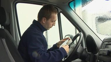 Zabrali prawo jazdy za 108 km/h. Blokada w aucie włącza się przy… 90 km/h