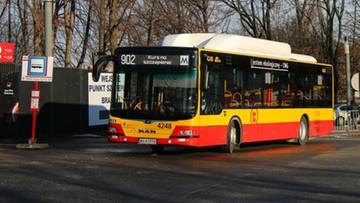 """Autobusem na szczepienie. Rusza linia """"902"""" do Szpitala Narodowego"""