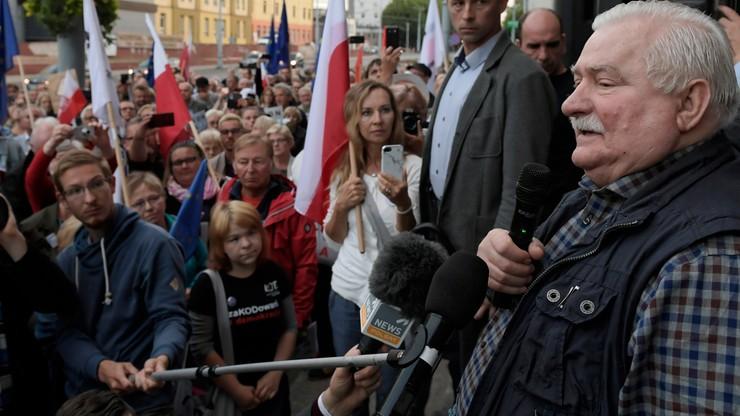 """Wałęsa chce publicznej rozmowy z Kaczyńskim. """"Poproszę, żeby policja dowiozła go na wiec"""""""