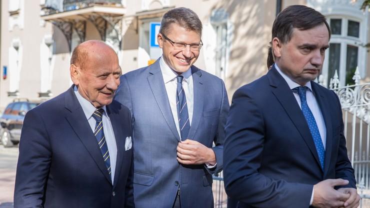"""Prezydent Rzeszowa poparł w wyborach wiceministra Warchoła. Wcześniej miał być """"jedynką"""" PO-KO"""