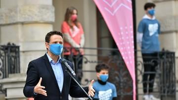 """Trzaskowski o konsekwencjach """"wyborów kopertowych"""": zwycięstwo demokracji"""