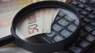 Para emerytów unikała podatków. Musieli zapłacić milion euro