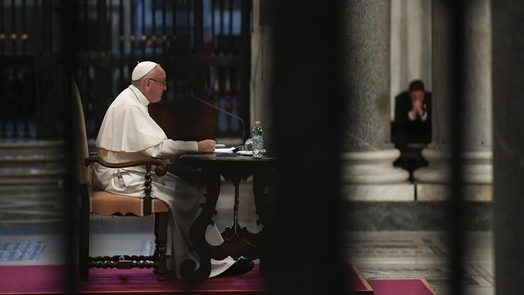 Papież powołał nowy urząd. Do spraw świeckich, rodziny i życia