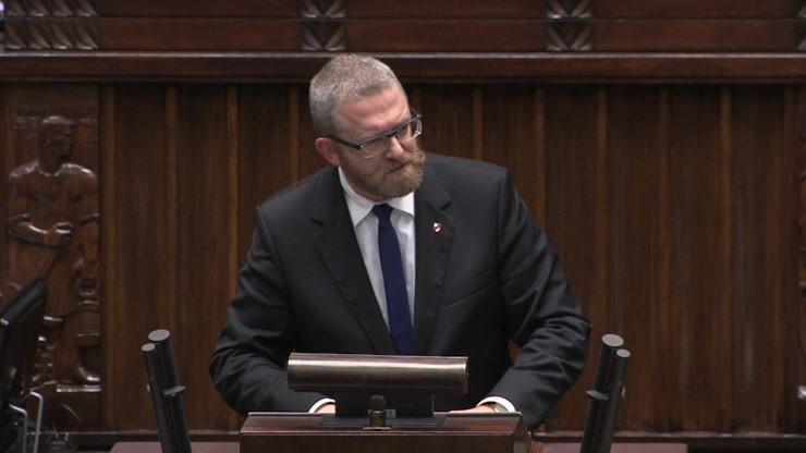 Grzegorz Braun do ministra Niedzielskiego: będziesz pan wisiał. Oburzenie w Sejmie