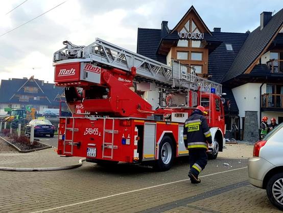 Przed przybyciem strażaków z hotelu ewakuowano 24 osoby