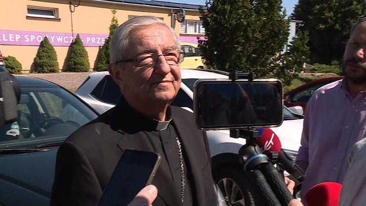 """Abp Sławoj Leszek Głódź uczestniczył w mszy beatyfikacyjnej. """"Pokazał, że lekceważy skrzywdzonych"""""""