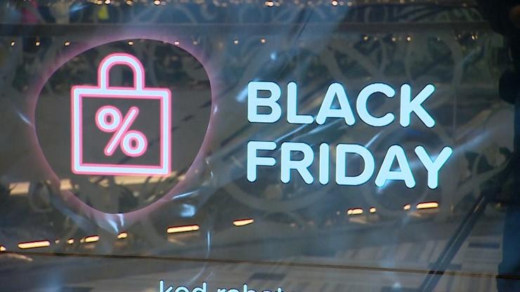 """""""Black Friday"""" i szał zakupów. Uwaga na kradzież danych - oszuści mogą wziąć na ciebie kredyt"""