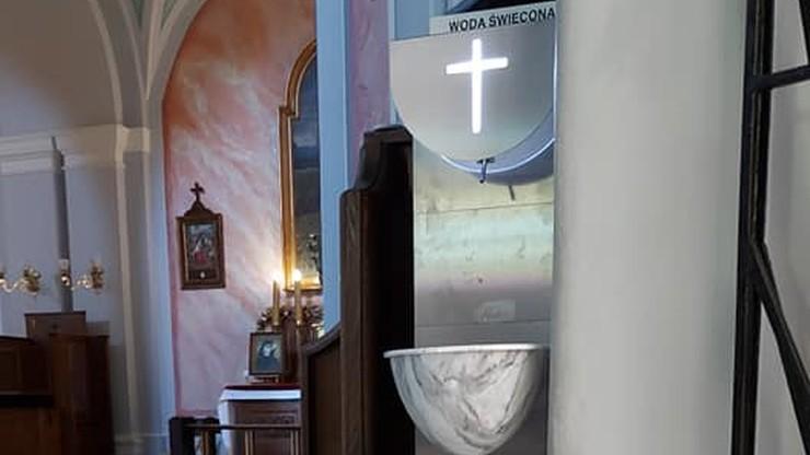 Woda święcona z... automatu. Miasto kupiło dystrybutory do wszystkich kościołów