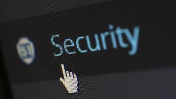 """Internetowe oszustwa w czasie pandemii. """"Atakują co 30 sekund"""""""