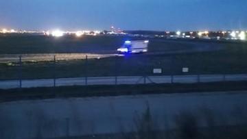 Informacja o bombie w samolocie na Okęciu. Akcja służb