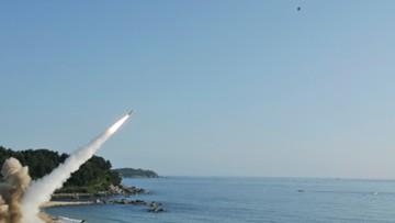 """""""Możemy uderzyć w każde miejsce na świecie"""". Korea Płn. przetestowała pocisk, który może przenosić głowicę nuklearną"""
