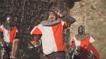 Karol Karski jako rycerz w bitwie o PE. Jego spot wyborczy podbija sieć