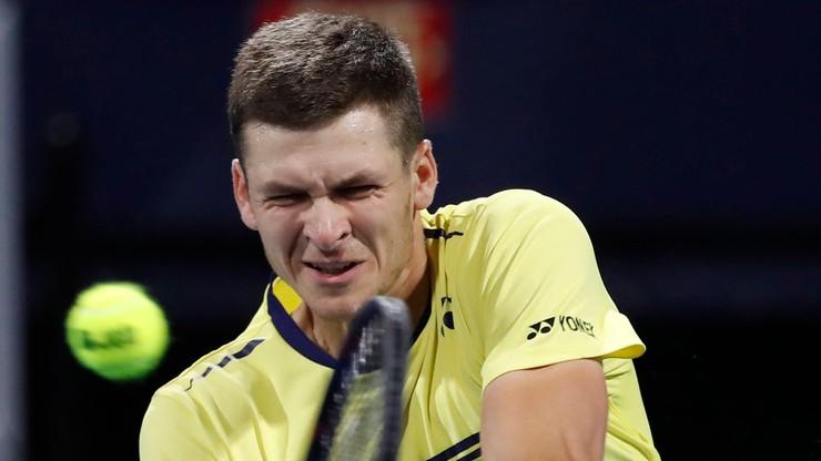 ATP w Budapeszcie: Sensacyjna porażka Hurkacza. Głowa została w szatni?