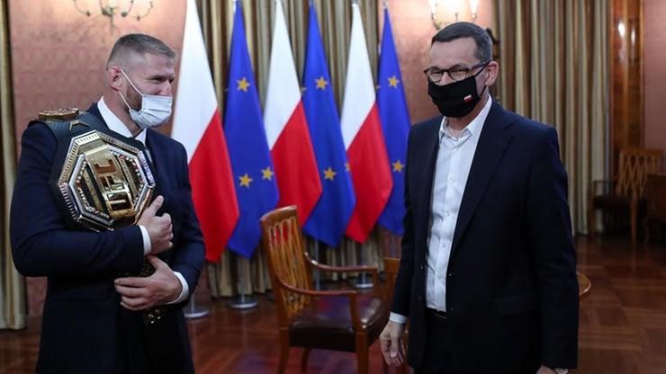 Premier spotkał się z Janem Błachowiczem