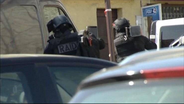 """Strzały w szkole na południu Francji. """"Szalony czyn nastolatka"""""""