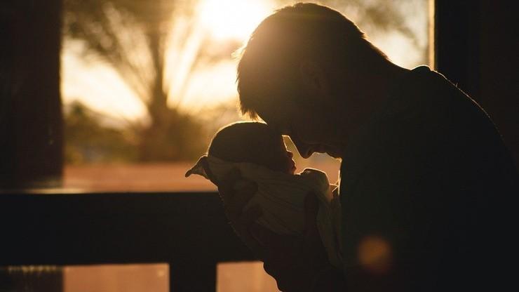 Weszły w życie przepisy ws. zadośćuczynień za naruszenie więzi rodzinnej
