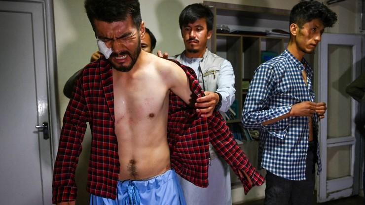 Al-Dżazira: dwaj afgańscy dziennikarze torturowani w areszcie przez talibów