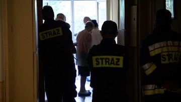 Policjanci kłamali, że przeszukali mieszkanie. Ciało poszukiwanej Kai leżało w nim 11 dni