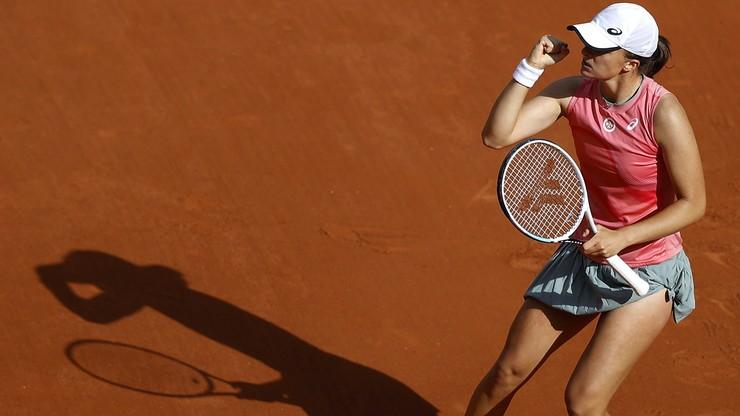 Iga Świątek i Magda Linette awansowały do ćwierćfinału debla we French Open