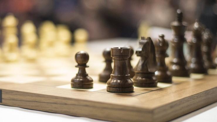 Champions Chess Tour: Anish Giri utrzymał prowadzenie po drugim dniu