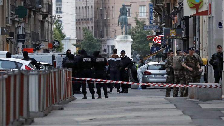 Główny podejrzany ws. zamachów w Lyonie przyznał, że planował eksplozję
