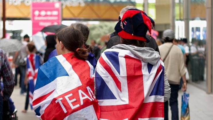 Heteroseksualni Brytyjczycy chcą takich samych praw jak geje i lesbijki