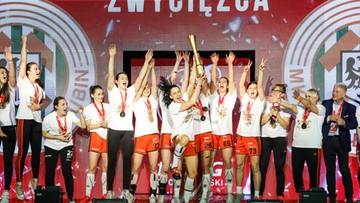 Piłkarki ręczne Zagłębia Lubin z Pucharem Polski