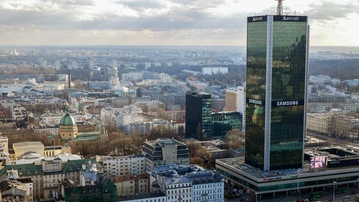 Zakaz palenia węglem i drewnem w Warszawie? Jest projekt uchwały