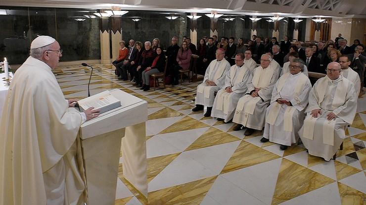 Watykan nie chce rozwiedzionego ambasadora