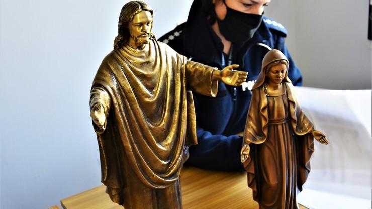 Małżeństwo kradło figurki z nagrobków. Paser sprzedał je w skupie złomu