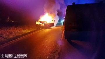 Tragiczny finał nocnego pościgu policji. Pojazd stanął w płomieniach, kierowca nie żyje