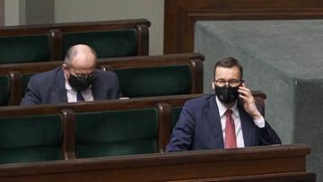 Sondaż: 13,3 proc. - Morawiecki wygranym sporu o budżet UE; 4,4 proc. - Ziobro