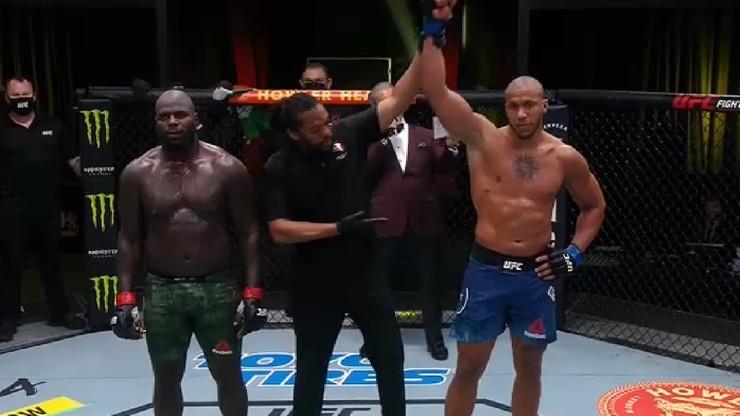 UFC Fight Night 186: Kolejny triumf Ciryla Gane'a, Francuz wciąż niepokonany