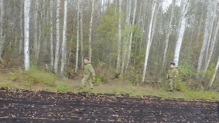 Tajemnicza uzbrojona formacja po białoruskiej stronie granicy