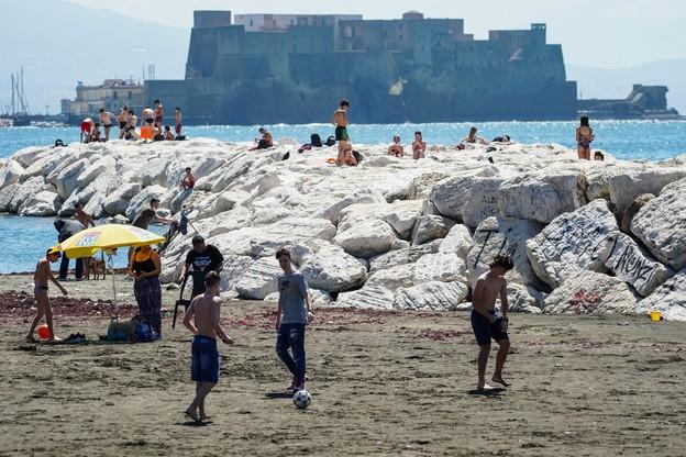 Włoskie ministerstwo zdrowia: epidemia nie skończyła się