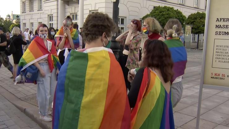 List ambasadorów w obronie osób LGBT. Jest komentarz premiera