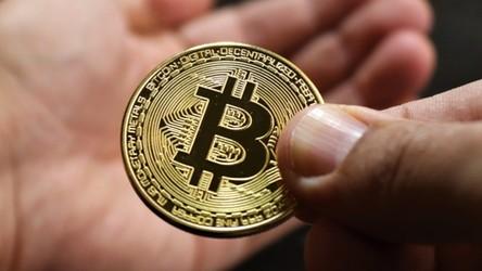 Elon Musk uznał Bitcoina za nieekologicznego. Kryptowaluty mocno w dół