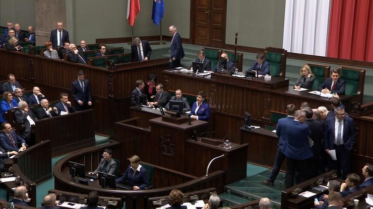 Sejm przyjął prezydenckie projekty ustaw o Sądzie Najwyższym i Krajowej Radzie Sądownictwa z poprawkami PiS