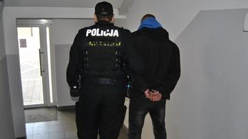 Areszt dla mężczyzny, który groził i obrażał trzech Marokańczyków w Gnieźnie