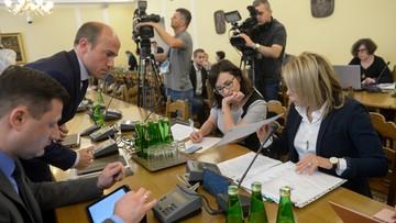 Poprawki opozycji odrzucone. Sejmowa komisja przerwała prace nad projektem ws. KRS