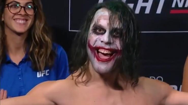"""UFC w Sao Paulo: """"Joker"""" na ceremonii ważenia (WIDEO)"""