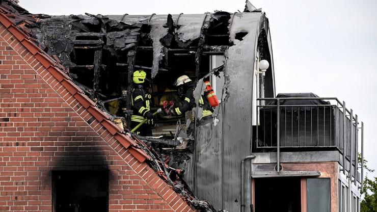 Samolot rozbił się o dach domu. Zginęły 3 osoby