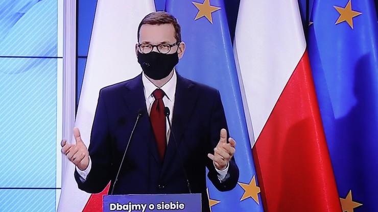 """Premier prosi o pozostanie w domu. """"Wygrajmy tę walkę dzięki solidarności i odpowiedzialności"""""""