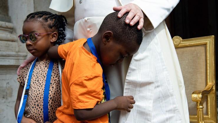Watykan. Papież Franciszek przyjął dzieci: możecie się tu bawić, ile chcecie